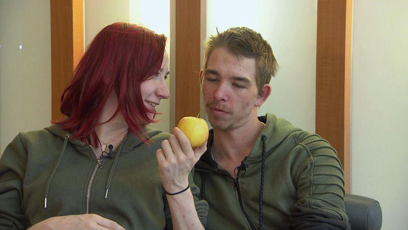 Jessi und der Apfel