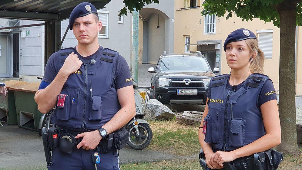 Die Inspektoren bei der Arbeit - Bildquelle: ATV