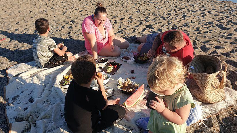 Picknick am Strand - Bildquelle: ATV
