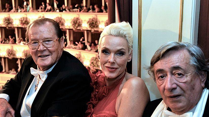 2012: Brigitte Nielsen & Roger Moore
